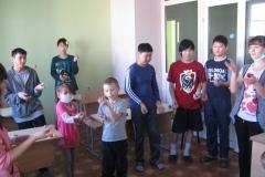 арт-терапия 26 февраля 2011 иностранные волонтеры в ДРКБ 041